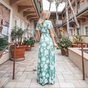 Dresses - 🌿 Serendipity Garden Wrap Maxi Dress